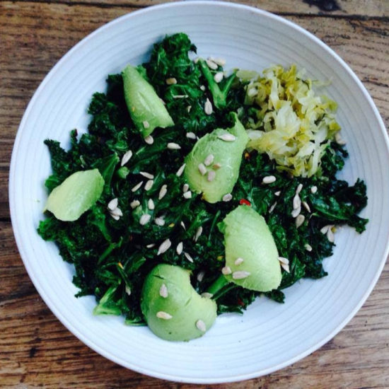 Garlicky Kale + Avo: My Fav 5 Min Meal.